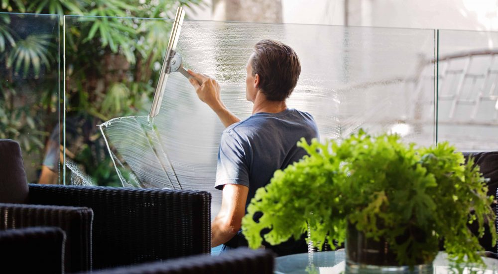 office window cleaning service by ecoh